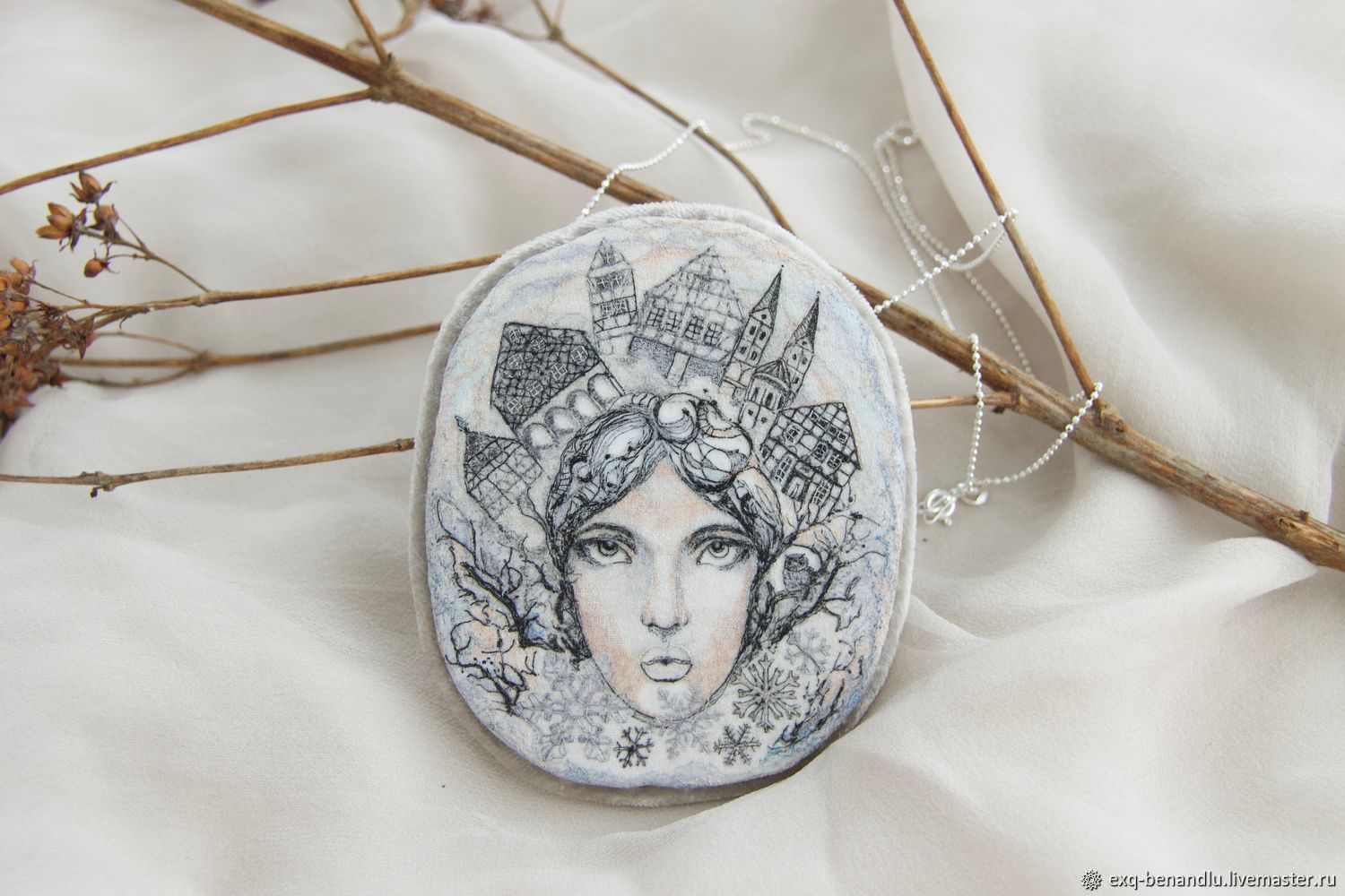 Brooch pendant snow Queen. silk embroidery, Brooches, St. Petersburg,  Фото №1