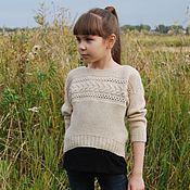 Работы для детей, ручной работы. Ярмарка Мастеров - ручная работа Пуловер вязаный для девочки Cream. Handmade.