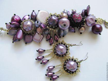 Комплекты украшений ручной работы. Ярмарка Мастеров - ручная работа. Купить Комплект браслет  и серьги из бисера и бусин, фиолетовый. Handmade.