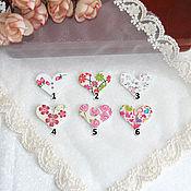 Пуговицы сердечки белые с рисунком