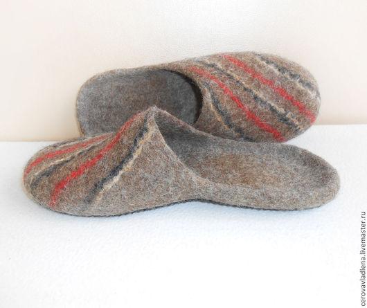 """Обувь ручной работы. Ярмарка Мастеров - ручная работа. Купить Валяные домашние тапочки для мужчин  """"Классика 2"""". Handmade. Коричневый"""