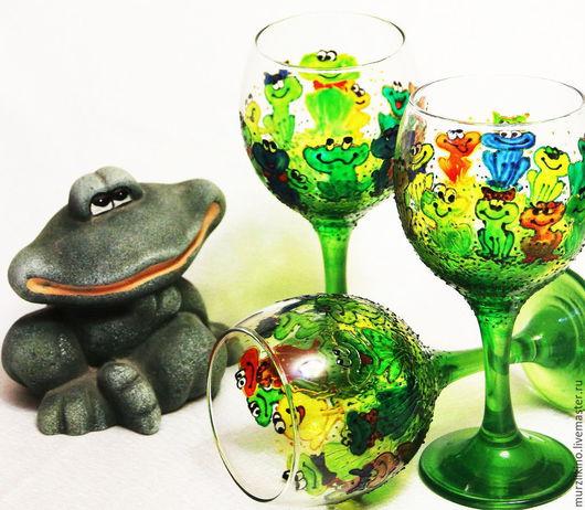 Ква-ква-ква-посуда. Веселая компания лягушек и лягушат  поднимет настроение всем  участникам лягушачьей вечеринки!)