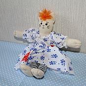 Мягкие игрушки ручной работы. Ярмарка Мастеров - ручная работа Текстильная игрушка Кошка. Handmade.