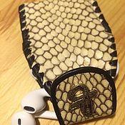 Канцелярские товары ручной работы. Ярмарка Мастеров - ручная работа Чехол из кожи змеи. Handmade.