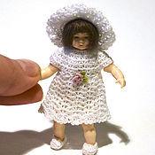 Куклы и игрушки ручной работы. Ярмарка Мастеров - ручная работа Авторское миниатюрное платье крючком. 1 к 12. Handmade.