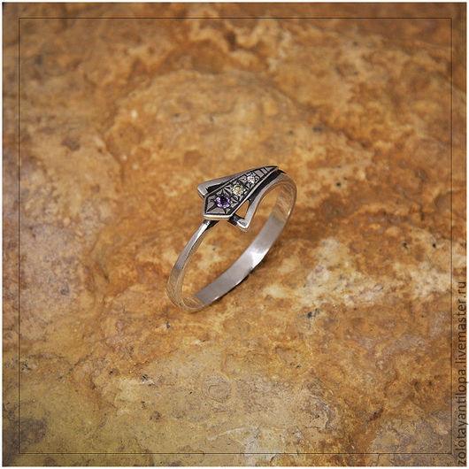 """Кольца ручной работы. Ярмарка Мастеров - ручная работа. Купить Кольцо """"Лилия"""" из серебра 925 пробы. Handmade. хризолит, кольцо"""