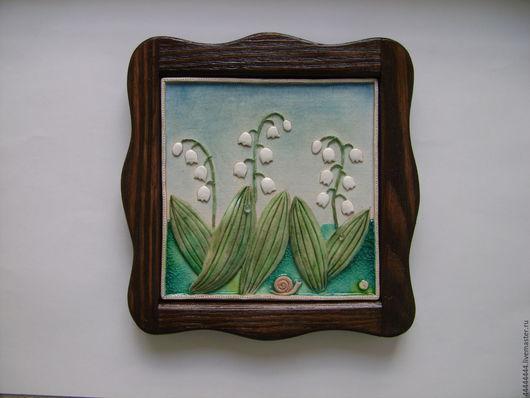Картины цветов ручной работы. Ярмарка Мастеров - ручная работа. Купить панно Ландыши Керамика. Handmade. Цветы, подарок подруге