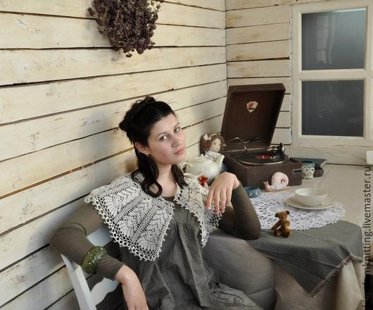 Вязаный ажурный воротник ручной работы «Тепло объятий». Handmade. Натуральный материал. 100% лен. Вязание крючком. Идеальный подарок!