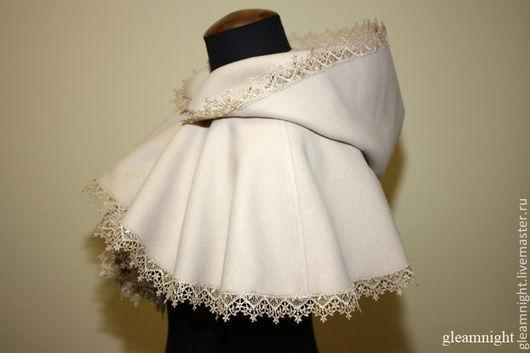 Свадебная пелерина с капюшоном
