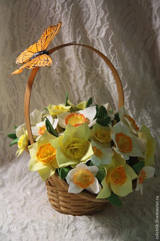 """Интерьерные композиции ручной работы. Ярмарка Мастеров - ручная работа. Купить Интерьерная композиция """"Весна"""" с нарциссами из фоамирана.. Handmade. Разноцветный"""