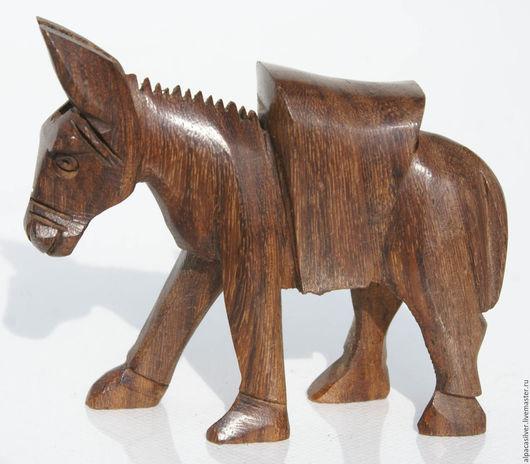 Статуэтки ручной работы. Ярмарка Мастеров - ручная работа. Купить Осёл, небольшая статуэтка из дерева, выточена вручную. Handmade. Коричневый
