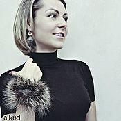 Украшения handmade. Livemaster - original item Bracelet and earrings of jade with fur Lady fur earrings. Handmade.