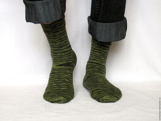 Носки, Чулки ручной работы. Ярмарка Мастеров - ручная работа. Купить -20% р.41-42, 43-44 Мужские камуфляжные носки - зеленый коричневый. Handmade.