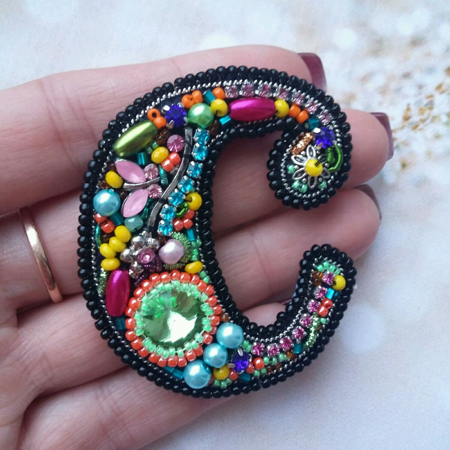 Bright brooch, embroidered with rhinestones and beads, Brooches, St. Petersburg,  Фото №1