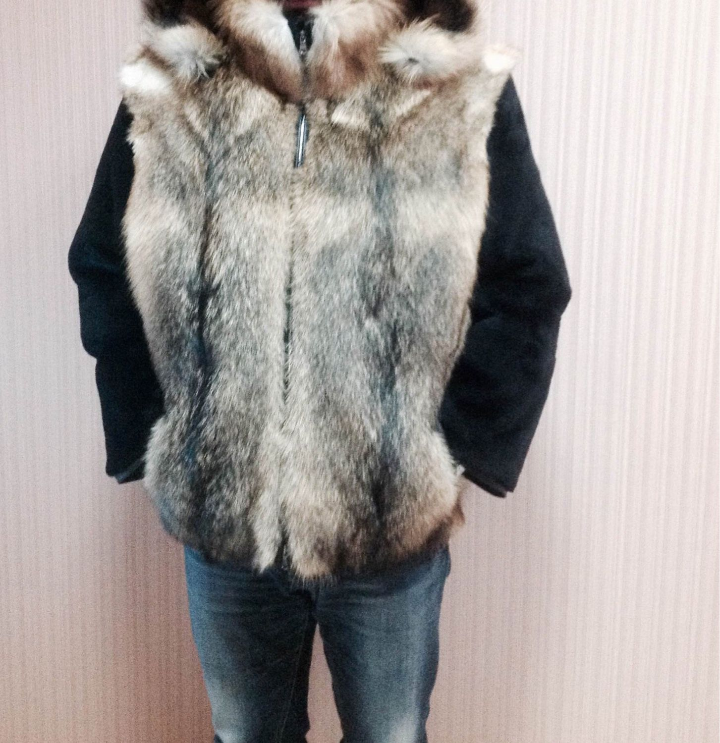 Men's jacket made of coyote with sleeves of beaver, Outerwear Jackets, Moscow,  Фото №1