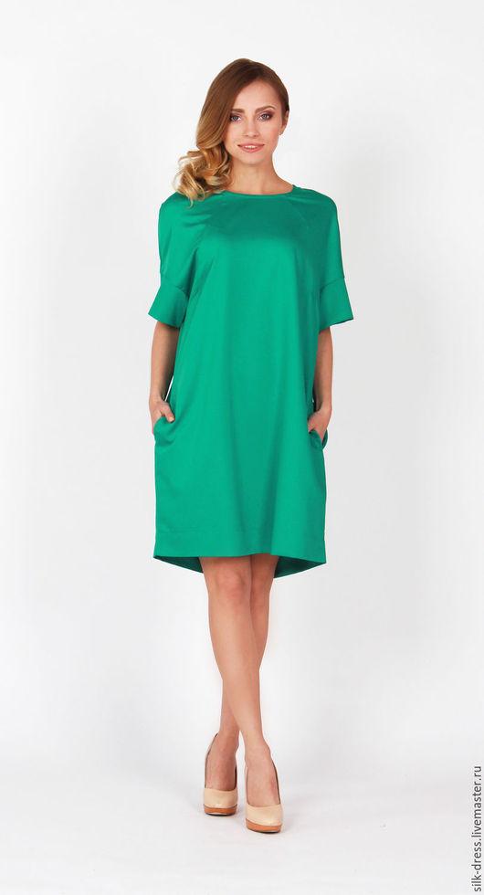Платья ручной работы. Ярмарка Мастеров - ручная работа. Купить Платье свободного кроя зеленого цвета короткое.. Handmade. Зеленый