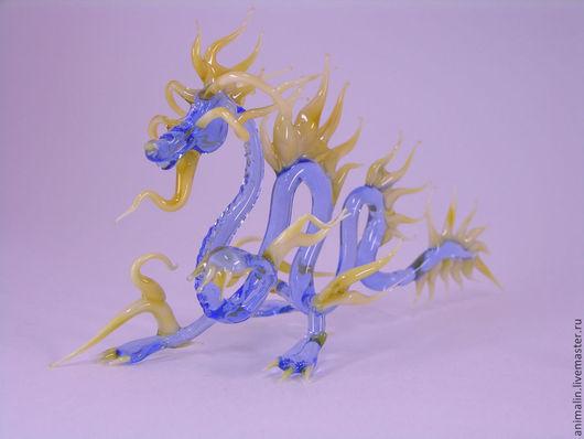 Статуэтки ручной работы. Ярмарка Мастеров - ручная работа. Купить Интерьерная фигурка из стекла  Дракон - страж Севера. Handmade. Голубой