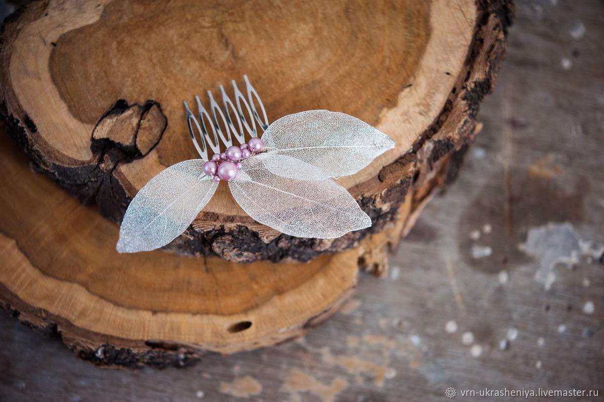 Свадебные украшения ручной работы. Ярмарка Мастеров - ручная работа. Купить Гребень для свадебной прически  с листьями и пудровым розовым жемчугом. Handmade.