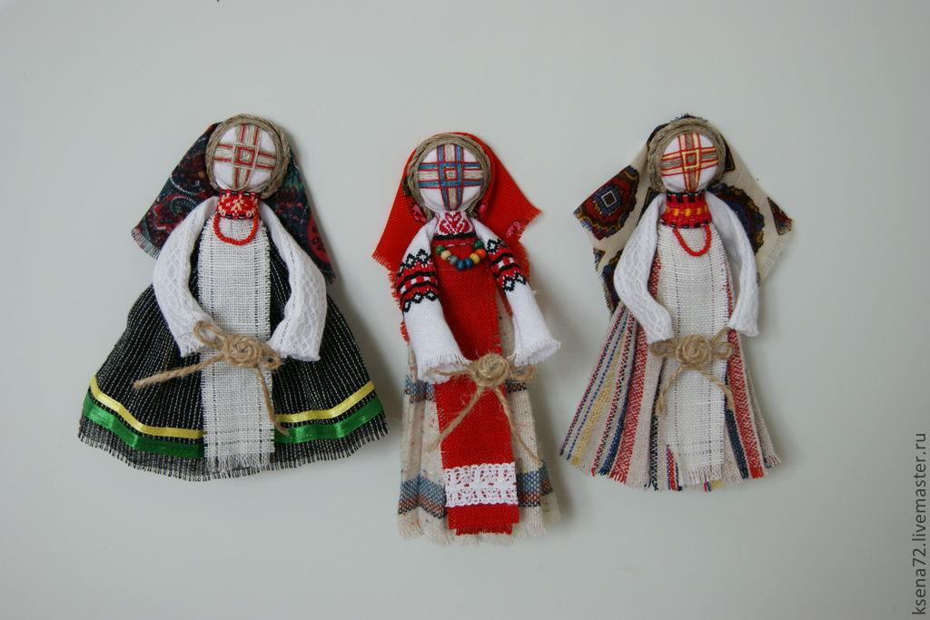 """Купить Магнит """"Кукла мотанка """" в интернет магазине на Ярмарке Мастеров"""
