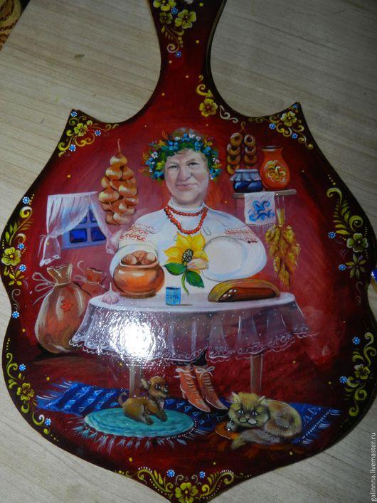 Сувениры ручной работы. Ярмарка Мастеров - ручная работа. Купить Кухонная доска С портретом. Handmade. Бордовый, доска для кухни