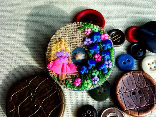 текстильная брошь `Васильки для Василисы`