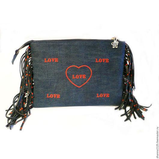 Клатч джинсовый с бахромой `LOVE`, автор Zhanna Petrakova Atelier Moscow, джинсовые сумки, сумка клатч