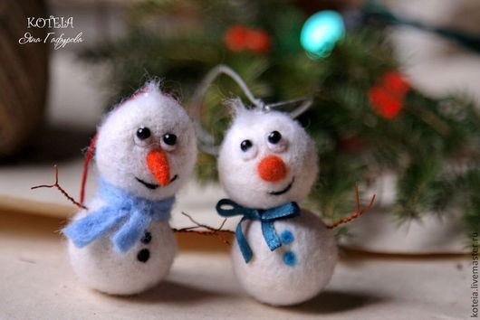 Новый год 2017 ручной работы. Ярмарка Мастеров - ручная работа. Купить Снеговички. Handmade. Белый, новогодний подарок, фелтинг