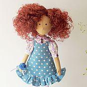 Куклы и игрушки ручной работы. Ярмарка Мастеров - ручная работа Мэган. Текстильная интерьерная кукла - брюнетка с кудрявыми волосами. Handmade.