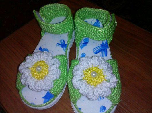 """Обувь ручной работы. Ярмарка Мастеров - ручная работа. Купить Сандалики """"Ромашка"""". Handmade. Обувь ручной работы, связанная обувь"""