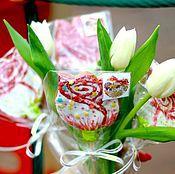 Подарки к праздникам ручной работы. Ярмарка Мастеров - ручная работа Имбирный пряник козуля цветок на палочке. Handmade.