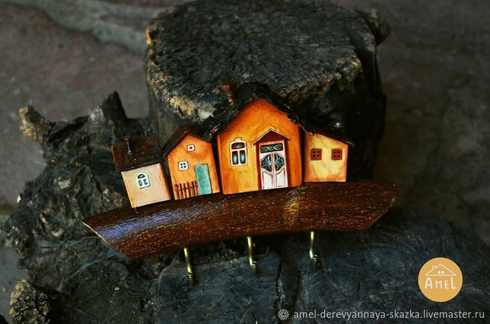 Деревянные ключницы настенные, Домики, Гюмри,  Фото №1
