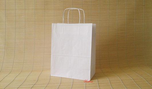 Упаковка ручной работы. Ярмарка Мастеров - ручная работа. Купить Крафт пакет с кручеными ручками 32х25х13см У16. Handmade. крафт