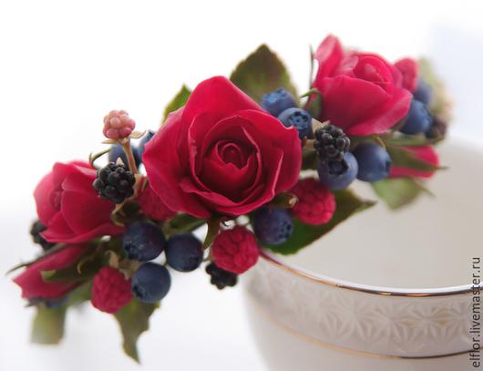 Диадемы, обручи ручной работы. Ярмарка Мастеров - ручная работа. Купить Ободок с розами и ягодами из полимерной глины. Handmade. ежевика