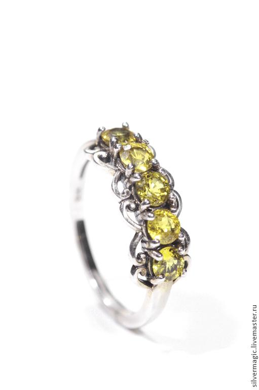 Кольца ручной работы. Ярмарка Мастеров - ручная работа. Купить Серебряное кольцо с желтыми сапфирами.. Handmade. Желтый, природный камень