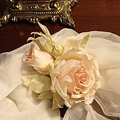 Украшения handmade. Livemaster - original item Silk flowers. Decoration brooch pin CREAM ROSES. Handmade.