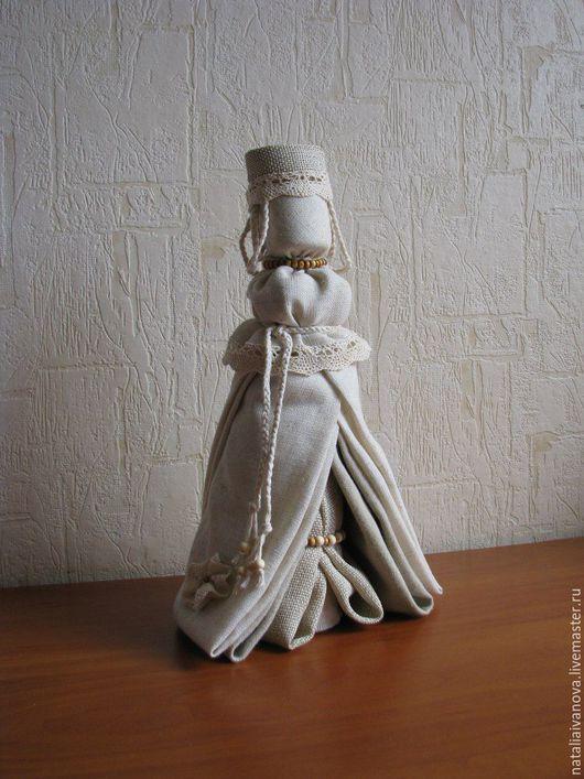Народные куклы ручной работы. Ярмарка Мастеров - ручная работа. Купить Льняная. Handmade. Бежевый, авторская кукла, деревянные бусины