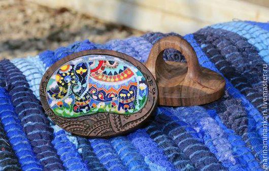 Кольцо из деревянной основы с эмалью Счастливый слон