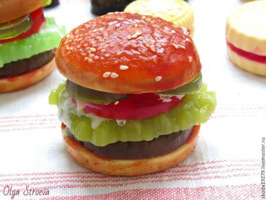 """Мыло ручной работы. Ярмарка Мастеров - ручная работа. Купить Мыло """"Гамбургер"""" - вкусное мыло). Handmade. Мыло, день рождения"""