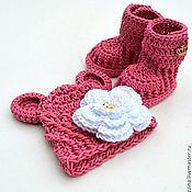 Работы для детей, handmade. Livemaster - original item To extract a set for a newborn baby Bear hat booties uggs rose. Handmade.