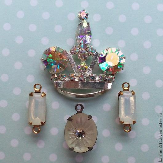 """Для украшений ручной работы. Ярмарка Мастеров - ручная работа. Купить Винтажный набор: корона, стразы, подвески  """"Queen """". Handmade."""