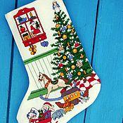 """Новогодний носок ручной работы. Ярмарка Мастеров - ручная работа Сапожок для подарков """"Рождественское утро"""". Handmade."""