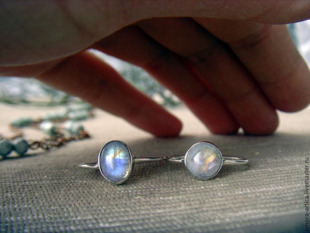 Кольца ручной работы. Ярмарка Мастеров - ручная работа. Купить Кольца с лунным камнем. Handmade. Белый, подарок на новый год, свечение