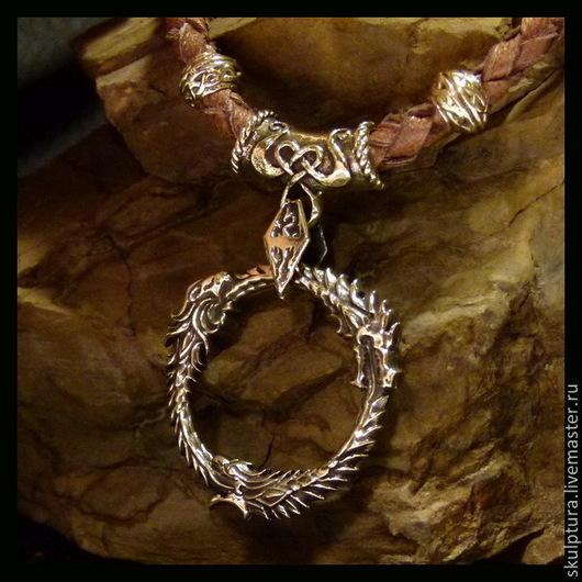 """Подарки для мужчин, ручной работы. Ярмарка Мастеров - ручная работа. Купить Кулон """"Вселенная Скайрим"""" бронза. Handmade. Золотой"""