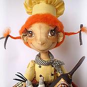 Куклы и игрушки ручной работы. Ярмарка Мастеров - ручная работа Кухонная помощница Тосенька. Пакетница.. Handmade.