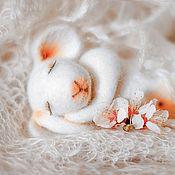 Куклы и игрушки ручной работы. Ярмарка Мастеров - ручная работа Спящая Лёля. Валяная мышка.. Handmade.