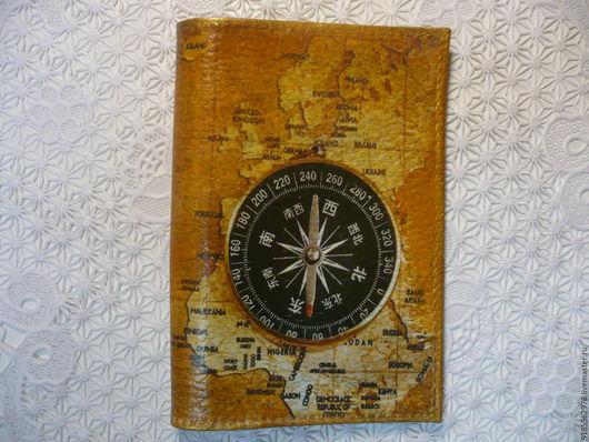 Обложки ручной работы. Ярмарка Мастеров - ручная работа. Купить Обложка на паспорт Карта и компас. Handmade. Коричневый, обложка на загранпаспорт
