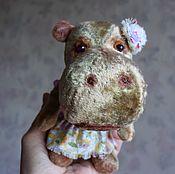"""Куклы и игрушки ручной работы. Ярмарка Мастеров - ручная работа Бегемотик """"Клаша"""".. Handmade."""