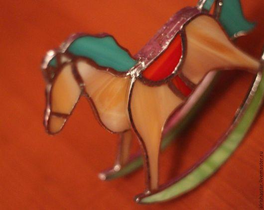 Статуэтки ручной работы. Ярмарка Мастеров - ручная работа. Купить ЛОШАДКА детская. Handmade. Бежевый, конь, цветное витражное стекло
