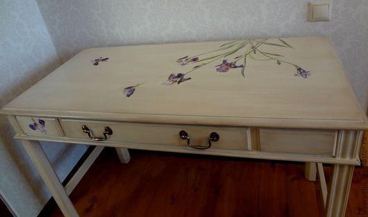 Мебель ручной работы. Ярмарка Мастеров - ручная работа. Купить Стол с ирисами. Handmade. Стол в стиле прованс, ирисы, патина