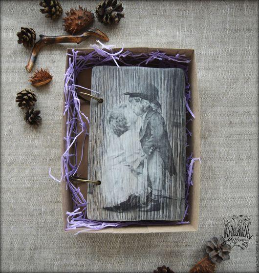 """Блокноты ручной работы. Ярмарка Мастеров - ручная работа. Купить Блокнот """"Ретро"""" в деревянной обложке. Handmade. Серый, браширование, нежность"""